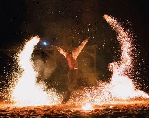 sparkle poi, cage fire poi, charcoal fire poi, beginner fire poi, firework poi, cage fire spinning, sparkle fire poi